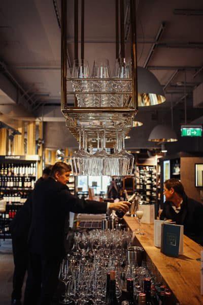 Merkur Weinbar am Hof
